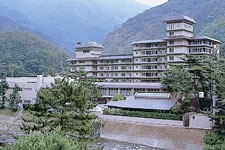 下部ホテル